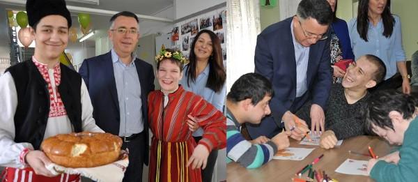 """Кметът инж. Хасан Азис бе гост на 10-годишния юбилей на Дневен център """"Надежда"""""""