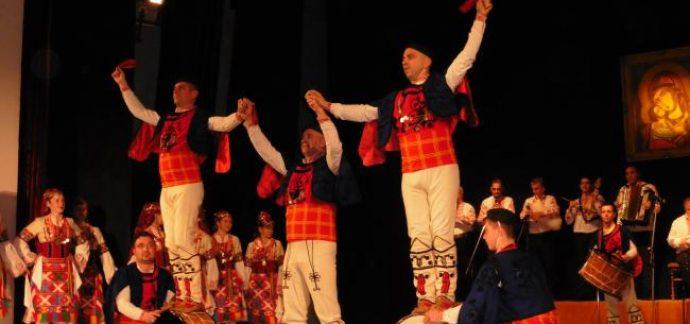 Вълнуващ концерт за Рождество подготвят танцьорите, музикантите и певците на Общински център за култура и младежки дейности