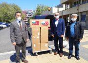 Турция ни дари 100 бр. предпазни костюми