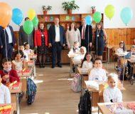 Всички първокласници в Ардинско получиха книжки от кмета инж. Изет Шабан